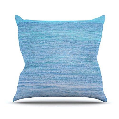 kess-inhouse-cm1069aop0318x-457catherine-mcdonald-pacfico-sur-ii-ocean-agua-cojn-manta-de-exterior-m