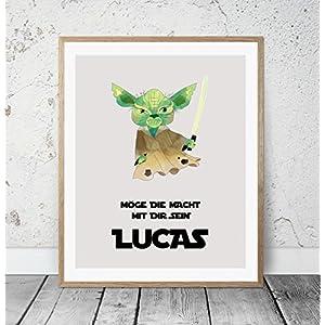 HEART OF PRINT Kinderposter Namensbild Star Wars Yoda - Geburtsdruck mit Wunschname für Jungen, Baby, Kind - Kunstdruck personalisiert, Geschenkidee zur Geburt, Taufe, Geburtstag; individuelles Geschenk, Taufgeschenk, Babygeschenk, Geburtsgeschenk als Poster oder Kinderzimmer Wandbild - ungerahmt