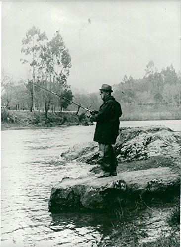 vintage-photo-of-spanish-general-francisco-franco-fishes-in-rio-ulla