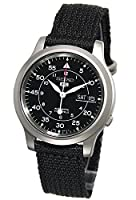 Seiko SNK809K2 Men's Aviator Black Dial Nylon Strap Automatic Watch de Seiko