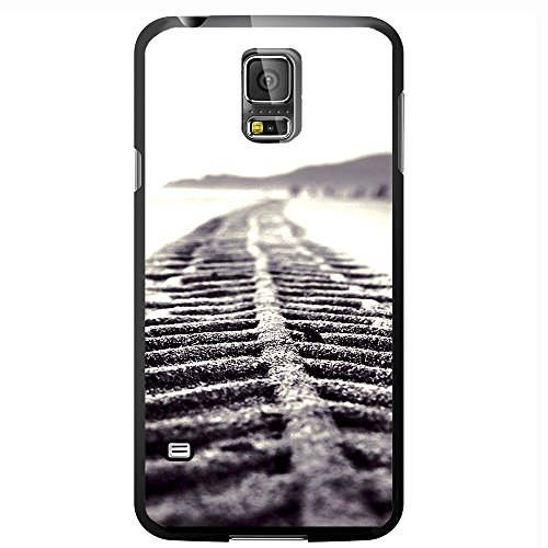 black-and-white-tire-tread-hard-snap-on-phone-case-galaxy-s5-v