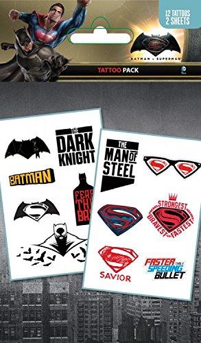 1art1® Set: Batman Vs Superman, Mix, 12 Tattoos Paquet De Tatouages (17x10 cm) + 1x Sticker Surprise