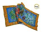 India Colors. Camino de mesa, mantel decorativo, pie de cama, tapiz o paño para colgar en pared. Hecho a mano en India. Telas bordadas con incrustaciones. Diseño elefantes. Primera calidad. (Rojo-Amarillo)