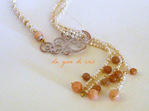 Collana lunga a sciarpina con perle naturali e pietre dure.