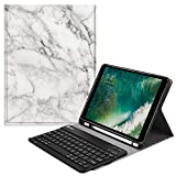 Fintie Slim Tastatur Hülle für iPad 9.7 2018, Soft TPU Rückseite Abdeckung Keyboard Case mit eingebautem Apple Pencil Halter und magnetisch Abnehmbarer Drahtloser Bluetooth Tastatur, Marmor Weiß
