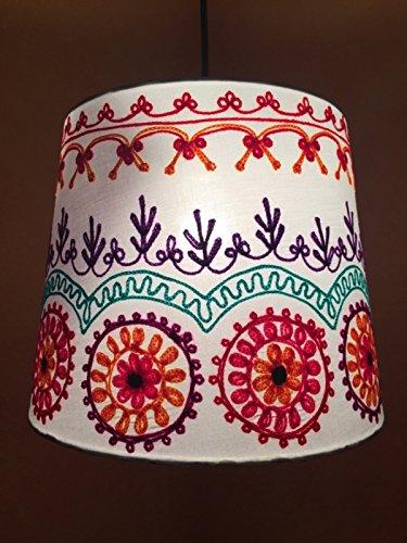 Shabby Chic Lampe aus Stoff Shankar Creme