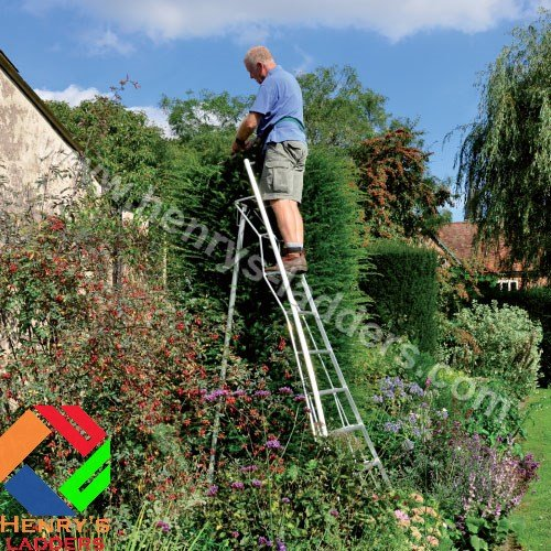 Henrys Tripod Garden Ladders with built-in Platform by Henchman – 3.00m -3.6m. 10′ Ladder. All 3 Legs Fully Adjustable. Lightweight aluminium garden maintenance, hedge cutting, tree pruning, fruit picking, topiary ladder.