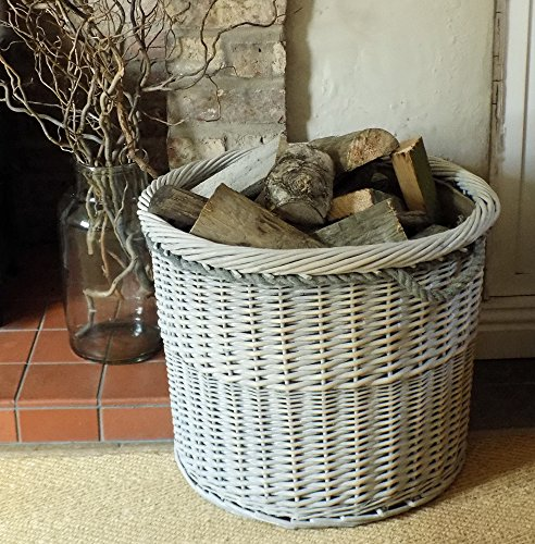 Großer Holzkorb aus Vollweide mit Griffen aus Seil im dänischen Stil