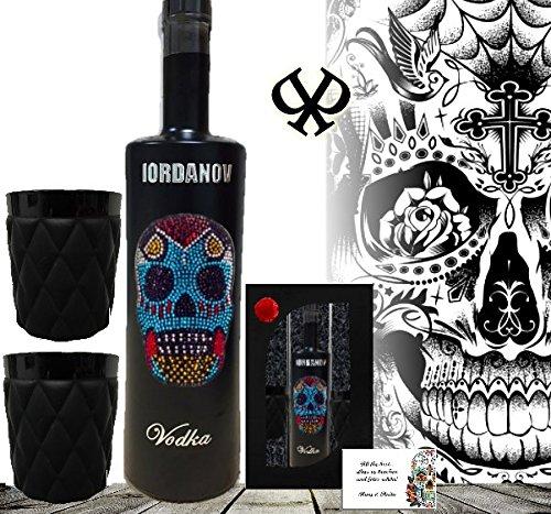 geschenkset-mexican-skull-vodka-inkl-2-black-frosted-glasern-black-bottle-sonderedition-luxus-wodka-