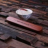 NTLux EssStäbchen Chopsticks mit Personalisierte Schachtel - aus Bambus gemacht mit Kostenlose Gravur - Beste Geschenke für Kinder, Küche, Einzugspartys, Einweihungs, Hochzeit, Geburtstag, Valentinstag, Mädchen, Junge. Weihnachten