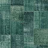 Kreidedruck Eco Texture Vliestapete Orientalischer-Marrakech Kelim-Patchworkteppich Intensives Smaragdgrün - 148652 - von ESTAhome.nl