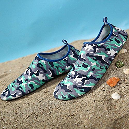 Eizur Unisex Aquaschuhe Strandschuhe Surfschuhe Atmungsaktiv Schwimmschuhe Rutschfeste Sportschuhe Schnell Trocknend Wassersportschuhe Schwimmen Surfen für Schnorcheln Schwimmen Surf Yoga Übung Größe  Camouflage Blau