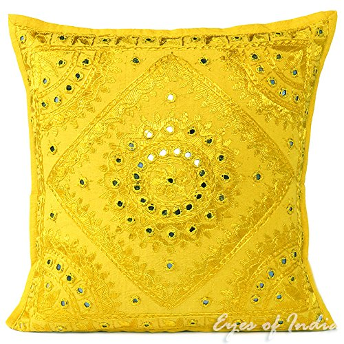 Cojín amarillo limón con espejos bordados - Estilo India