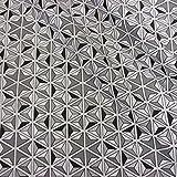 Stoff Baumwollstoff Meterware Mosaik grau weiß schwarz Stern Würfel Linien Dreieck Frankreich