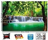 GREAT ART Póster Cascada de Feng Shui Mural Decoración Naturaleza Selva Paisaje Paraíso Vacaciones Tailandia Asia Wellness SPA Relax | Foto póster Mural Imagen Deco Pared by (140 x 100 cm)