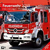 Feuerwehr 2019, Wandkalender / Broschürenkalender im Hochformat (aufgeklappt 30x60 cm) - Geschenk-Kalender mit Monatskalendarium zum Eintragen