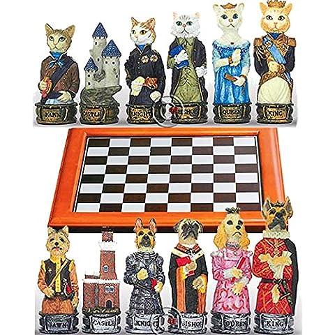 Completo scacchi artistici tematici, figure di cani e di gatti, Re h cm.8, e scacchiera Dal Negro, legno e alluminio, cm. 48x48, campo da gioco cm. 40x40, casa cm. 4,5x4,5.