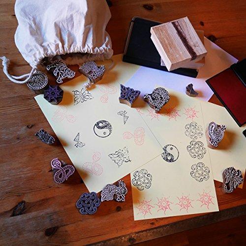 lillybox 23teiliges Stempel-Set aus Holz mit floralen Motiven, Tier Motiv, I Love You Herz, Spiralen, Ornamente, Deko-Stempel, aus Indien (Stempel Herzen Set)