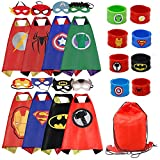 RioRand Dress Up Costume Comics Cartas de satén de dibujos animados Set de 8 pulseras 1 estuche de transporte (8 capas)