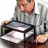 AUTOPKIO Ausführliche Lese Hands Free Lupe 3X für Großeltern mit LED-Licht batteriebetriebene Rechteck Hands Free Lup