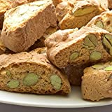 Typical italian cookies with Bronte's pistachio named 'cantuccini', in an elegant gift box 'Sicily' gr. 200. Rarezze: almond cakes, pastries, cakes, pastries from ancient Sicilian patisserie.