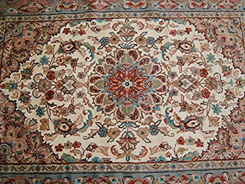 Wow Amazing Ivory Medallion Flower Rectangle Area Rug Hand Knotted Wool Silk Carpet (6 x 4)'