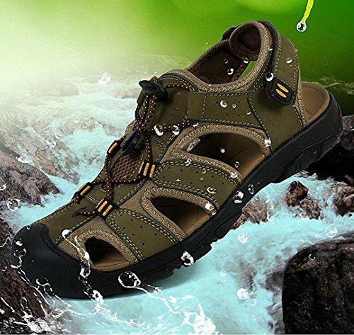 Estate 2017 di sport degli uomini i sandali in pelle primo strato di sandali di cuoio e pantofole sandali degli uomini pigri uomini della Green