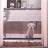 Cette barrière de sécurité sans danger pour les animaux est le moyen le plus simple et discrète pour protéger les animaux de compagnie tout autour de la maison. Il est recommandé pour les animaux de petite taille et il peut être déplacé d'un endroit...