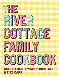 The River Cottage Family Cookbook by Hugh Fearnley-Whittingstall (2009-09-03)