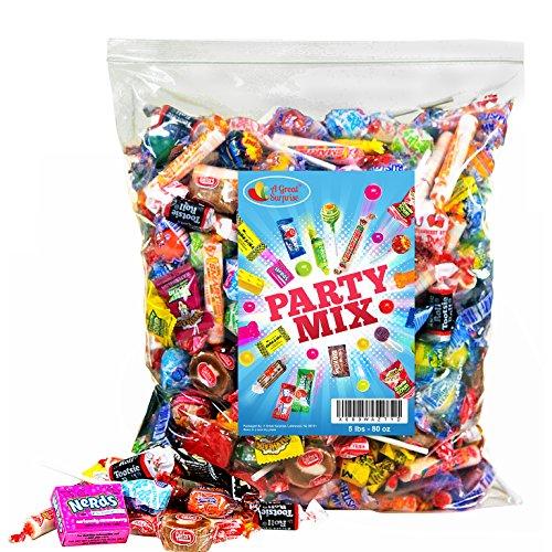 (A Great Surprise Candy Party-Mix, 5lb Massenbeutel sortiert: Feuer Kugeln, Airheads, Jawbusters, Laffy Taffys, Tootsie Rolls und vieles mehr von Ihrem Lieblings-Süßigkeiten! Party Mix)
