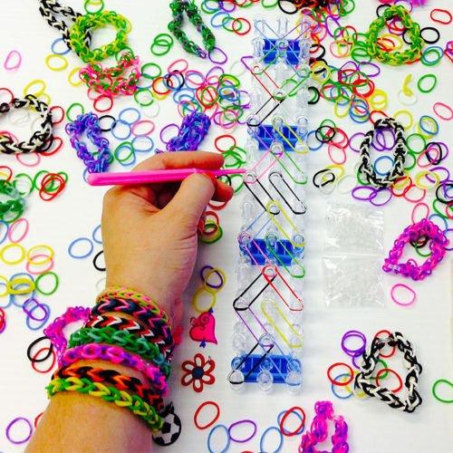 (Neue DIY farbenfrohe Gummi Rainbow Freindship Loom Bänder Armband Basteln Kit inc 1500Bands)