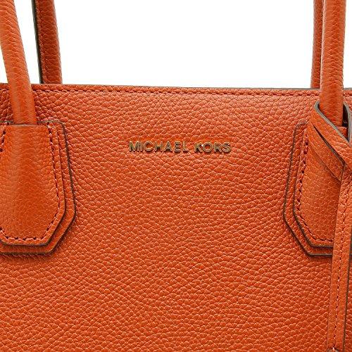 Nuova collezione Borse Donna MICHAEL KORS mercer a mano e a tracolla removibile con lunghezza regolabile, in pelle saffiano, ciondolo con logo a vista, una tasca interna con zip, tinta unita orange