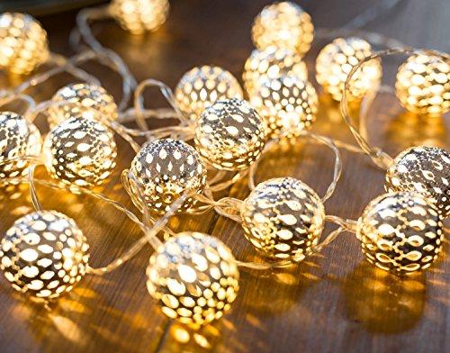 CozyHome marokkanische LED Lichterkette - 7 Meter | Mit Netzstecker NICHT batterie-betrieben | 20 LEDs warm-weiß | Kugeln Orientalisch | Deko Silber - kein lästiges austauschen der Batterien
