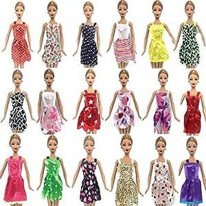 Fat-catz-copy-catz D5 Lot de 15 accessoires pour poupées Barbie Robe/vêtements/cintres/chaussures
