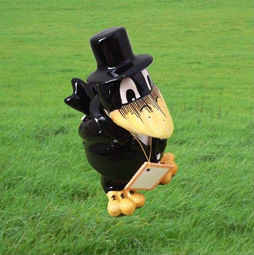 Bräutigam im schwarzen Anzug mit Zylinder ()