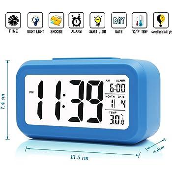 iprotect batteriebetriebener Digital-Wecker mit extra großem Display, Snooze, Datumsanzeige, Temperatur und Lichtsensor in blau