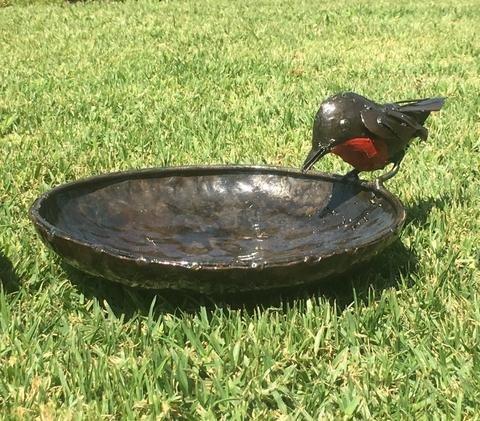 delizioso-rspb-metal-red-robin-uccello-da-bagno-20cm-diametro-parte-della-gamma-di-mano-artigianale-
