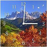 Wallario Glas-Uhr Echtglas Wanduhr Motivuhr • in Premium-Qualität • Größe: 30x30cm • Motiv: Herbst im Gebirgstal unter blauem Himmel
