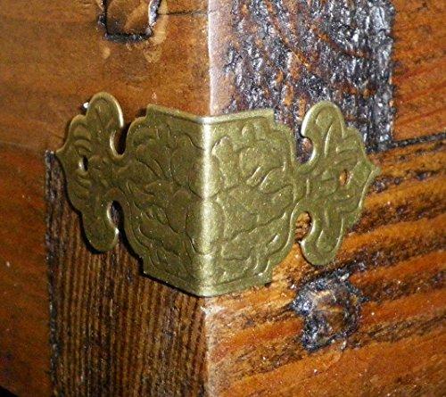 Set mit 4 Vintage Antik Winkel Hosenträger Farbe bronze Metallbox Ecken Gurte Teller C028