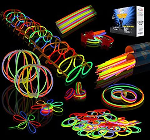 Joyin Toy 200 8'' Glowsticks Glow Sticks Bracelets Glow Necklaces Glasses Flowers Balls Butterflys Party Pack (7 Colors Total 456 Pcs)