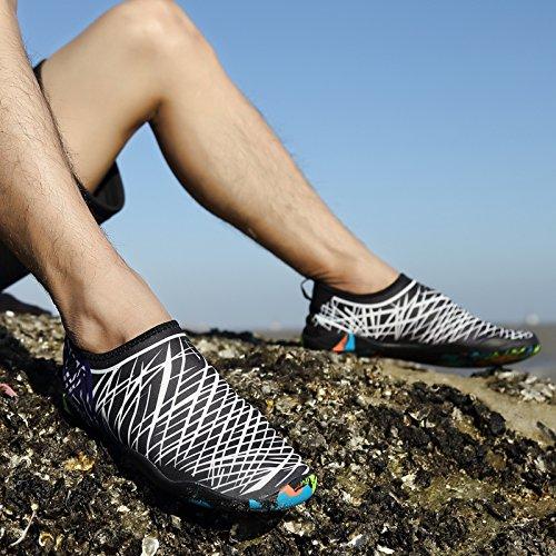 BIG OCEAN Wasser Schuhe für Frauen Männer Erwachsene Kinder Barfuß Laufen Aqua Socken Schnell-Trocken für Schwimmen Surfen Strand Gehen Garten Bootfahren Schwarz/Weiss