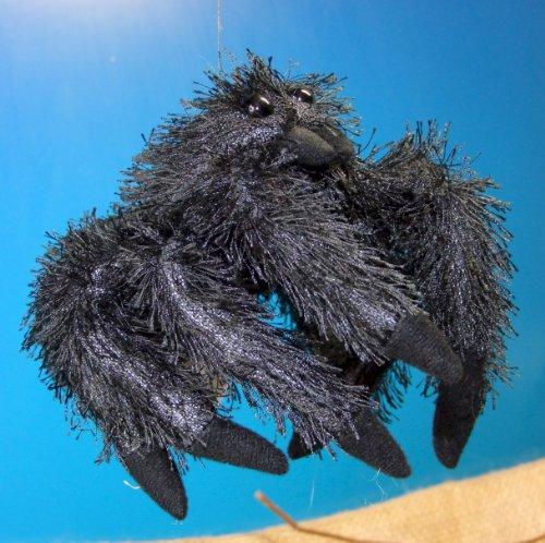 vogelspinne-schwarze-witwe-spinne-21-cm-schmusetier-plueschtier-kuscheltier-black-spider