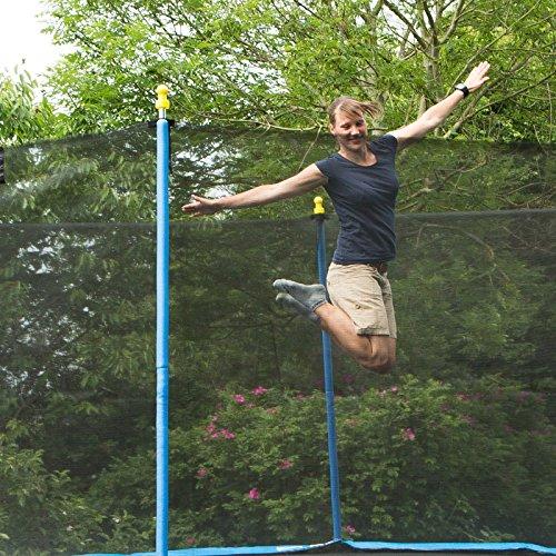 Ultrasport Gartentrampolin Promo, Kindertrampolin, Trampolin Komplettset inklusive Sprungmatte, Sicherheitsnetz, gepolsterten Netzpfosten und Randabdeckung, 305 cm frau springt