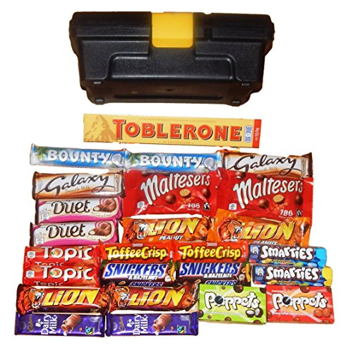 chocolate-hamper-gift-box-the-chocolate-toolbox25-x-bars-of-cadbury-nestle-mars-chocolate-inc-1-x-la