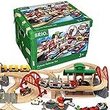 BRIO World 33052 Straßen und Schienen Bahn Set Deluxe - Schienenset für die BRIO Eisenbahn mit...