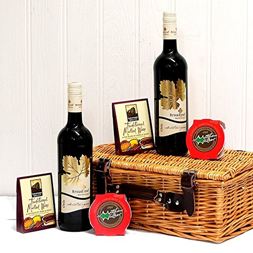 'Winter Warmer' - Luxury Mulled Wine Hamper Wicker Basket with 2 Bottles of Broadleaf Red Wine, Christmas Puddings & Traditional Mulled Wine Spice Kits by Fine Food Store - Gift ideas for - Valentines,Presents,Birthday,Men,Him,Dad,Her,Mum,Thank you,Weddin