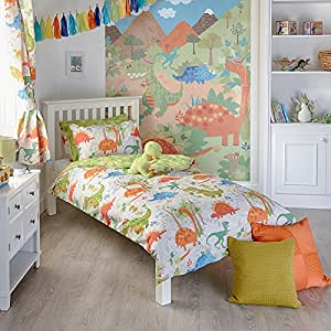 """Riva Paoletti Kids Dinosaur Toddler Duvet Set - 1 x Pillowcase Included - White and Green - Reversible Design - Machine Washable - 120 x 150cm (47"""" x 59"""" inches) - Designed in the UK"""