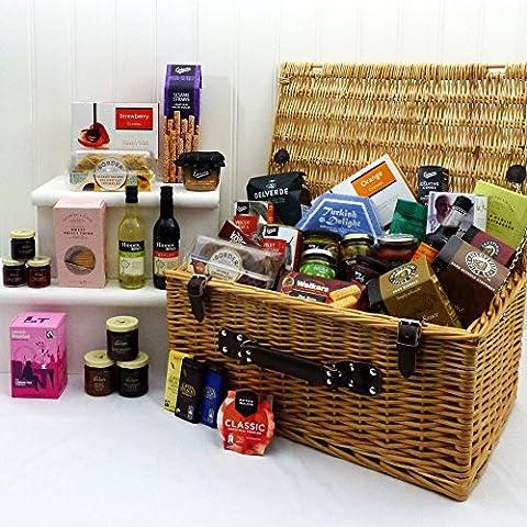 'Grand Festive' Traditional Wicker Food Basket Hamper - Perfect gift idea for Christmas, Birthday, Thank You, Corporate Gifts, him, her, Grandma, Grandad, Mum, Dad, Teacher, Friend or