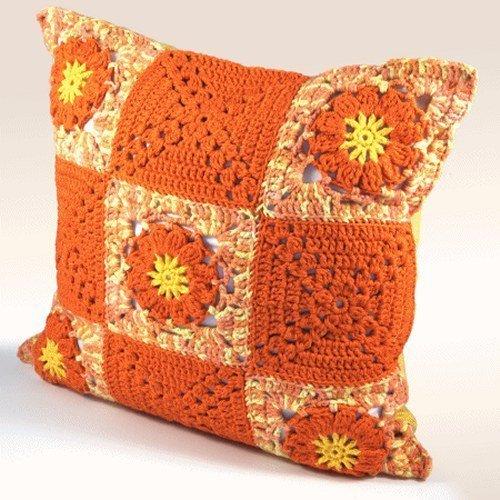 Estrella Häkelkissenbezug aus Baumwolle (O) - Blüten für behagliches Wohnen, Geschenkidee