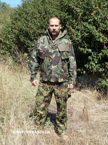 camo-suit-nbc-large-camouflage-suit-jacket-trousers-army-surplus-suit